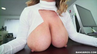 Streaming porn video still #11 from Big Tits Round Asses 49