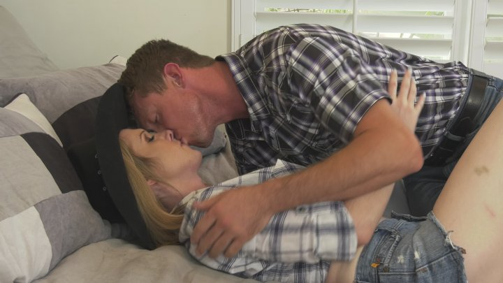 Streaming porn video still #4 from Transsexual Love Affair