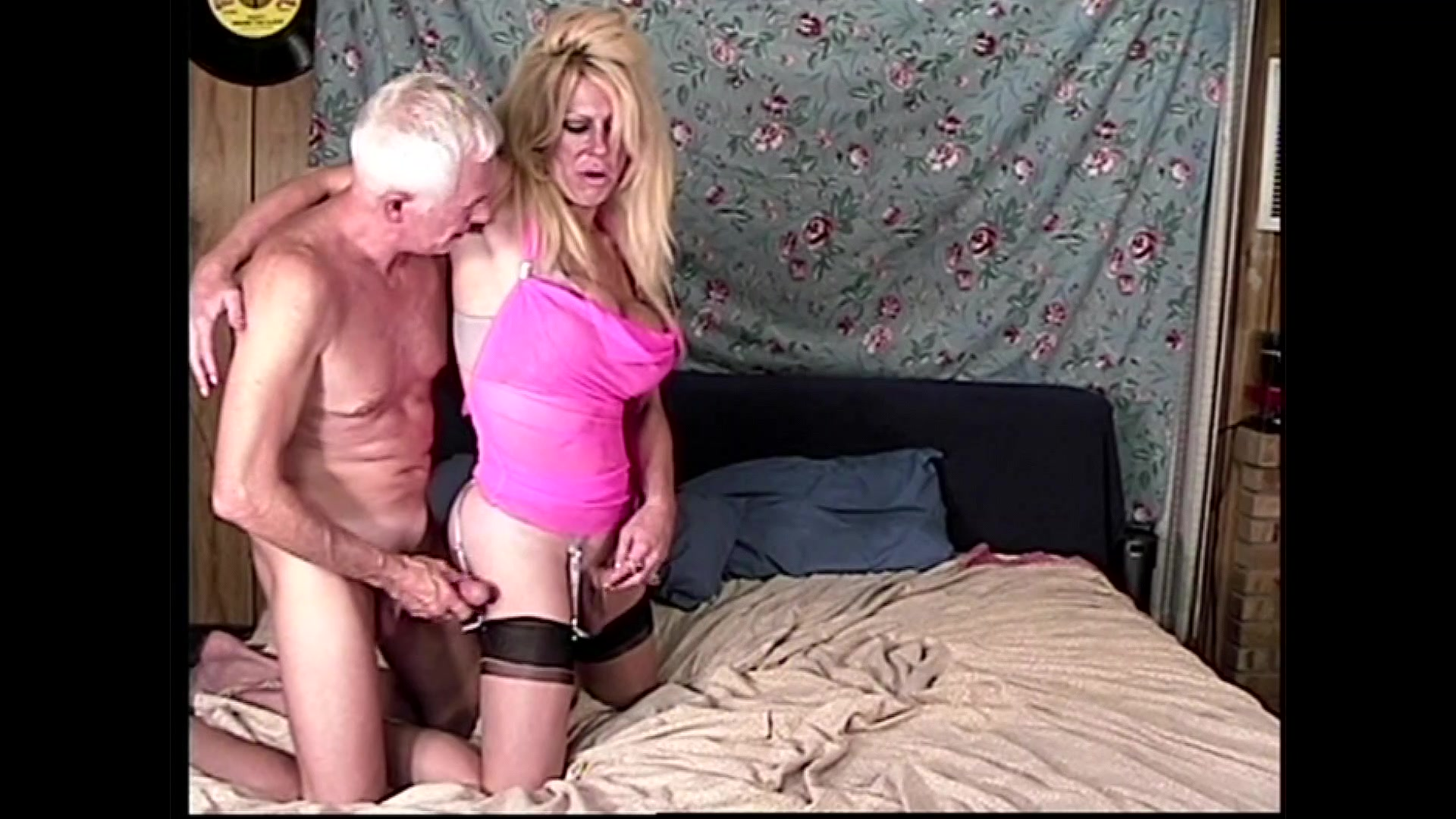 Hot blonde bukkake sluts