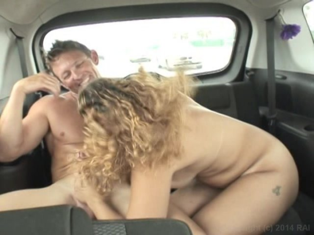 Backseat blowjob videos — pic 11