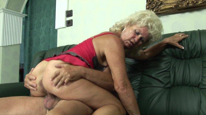 Big dick und Oma