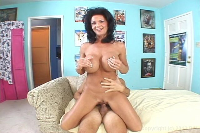 Streaming porn video still #4 from Fantastic 40's & Anal #2
