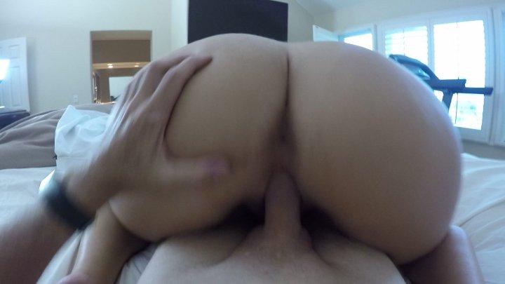 Streaming porn video still #1 from Curvy Girl Auditions