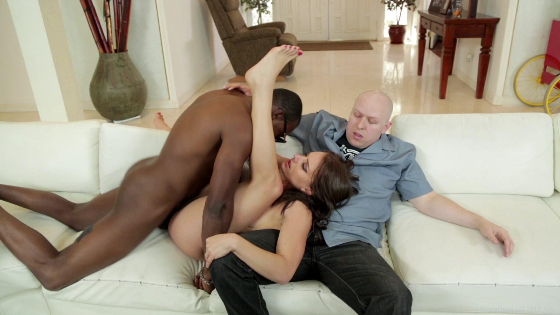 Порно кастинг ебут при муже