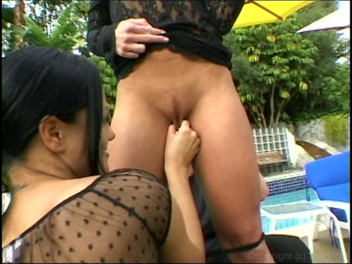 Pornstar marina love enjoys cock sucking