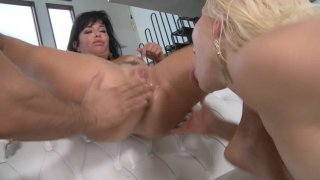 Streaming porn video still #5 from Battle Of The Squirters
