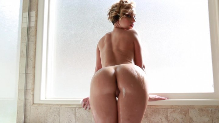 Streaming porn video still #1 from White Booty Worship 4