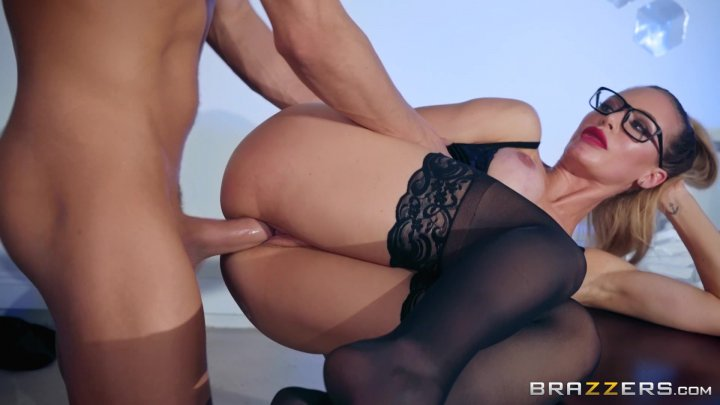 Streaming porn video still #2 from Brazzibots: Uprising