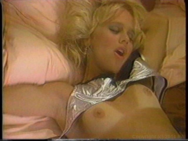 Streaming porn video still #1 from Fill Her Up