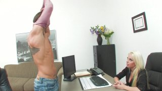 Screenshot #1 from Sluts In The Office