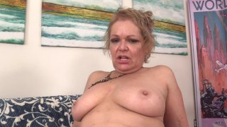 Streaming porn scene video image #6 from Mature Chunker Has Fun With Her Sex Machine