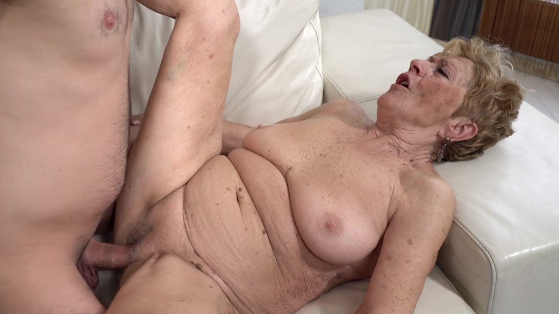 grandmas-having-sex-free-videos-senior