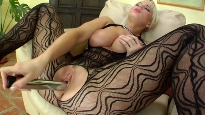 Streaming porn video still #2 from Tiefe Einblicke