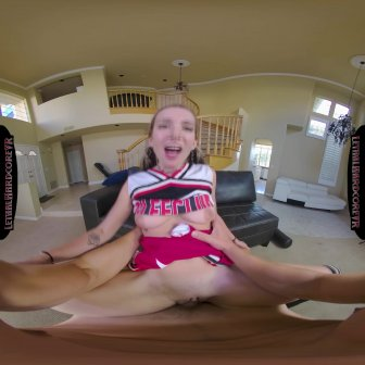 Cheerleader Gets Stretched video capture Image