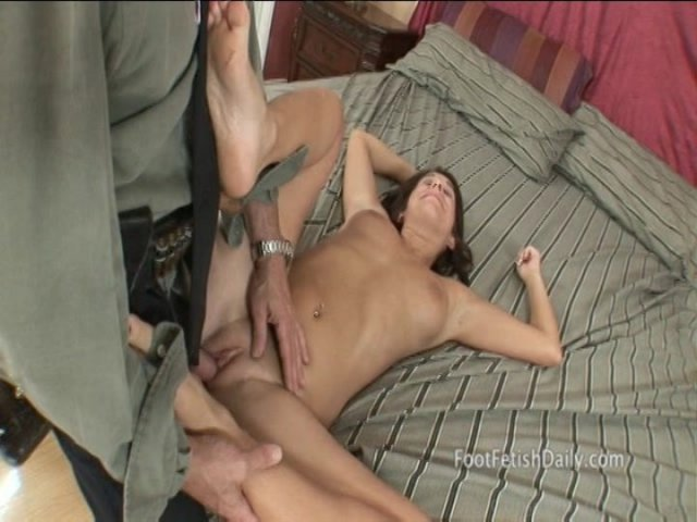 Streaming porn video still #4 from Barefoot Confidential 66