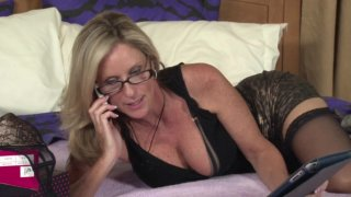 Screenshot #18 from All My Best, Jodi West 6