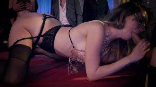 Streaming porn video still #3 from Sex Games