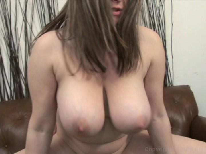 Jessica alba undressing