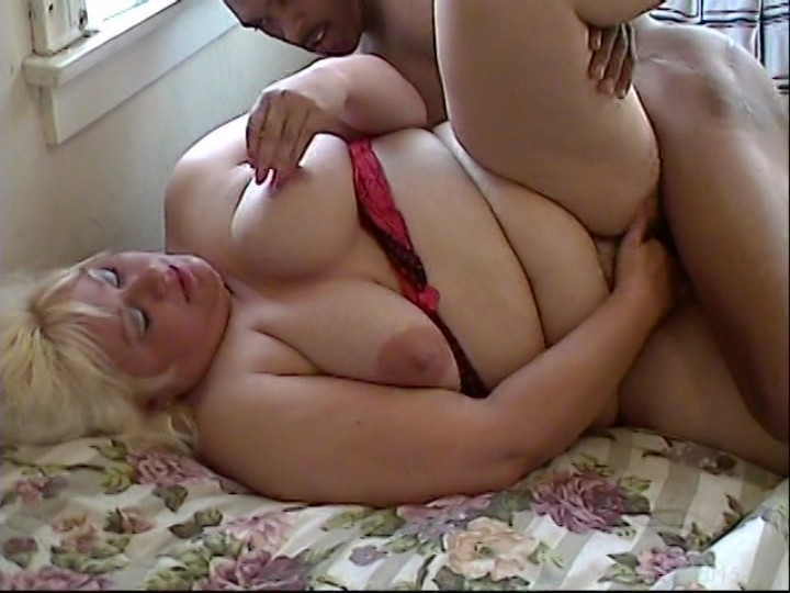 Chubby blonde is sharing a huge dick photos