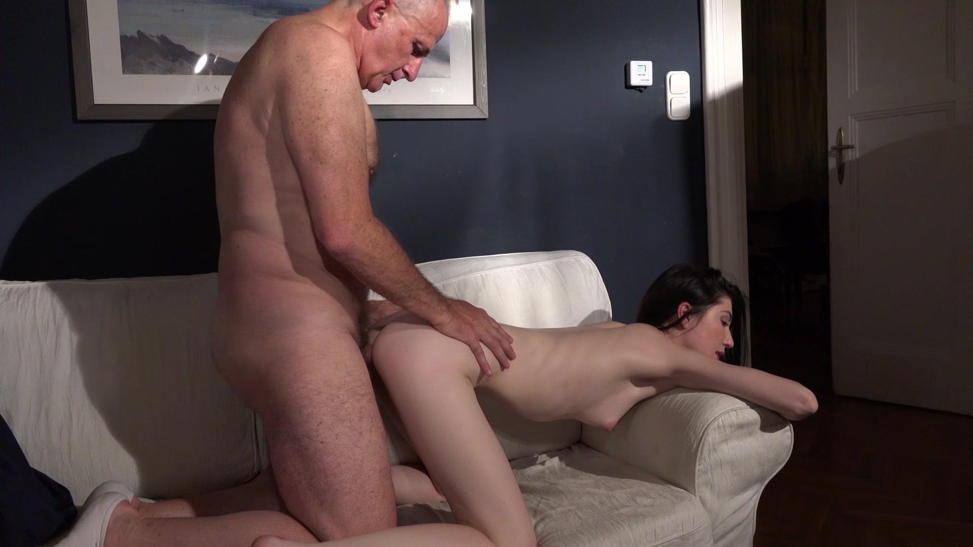 Free Old Man Fingering Porn Pics