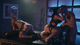 Streaming porn video still #3 from Drive