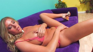 Streaming porn video still #2 from I Am Samantha Saint