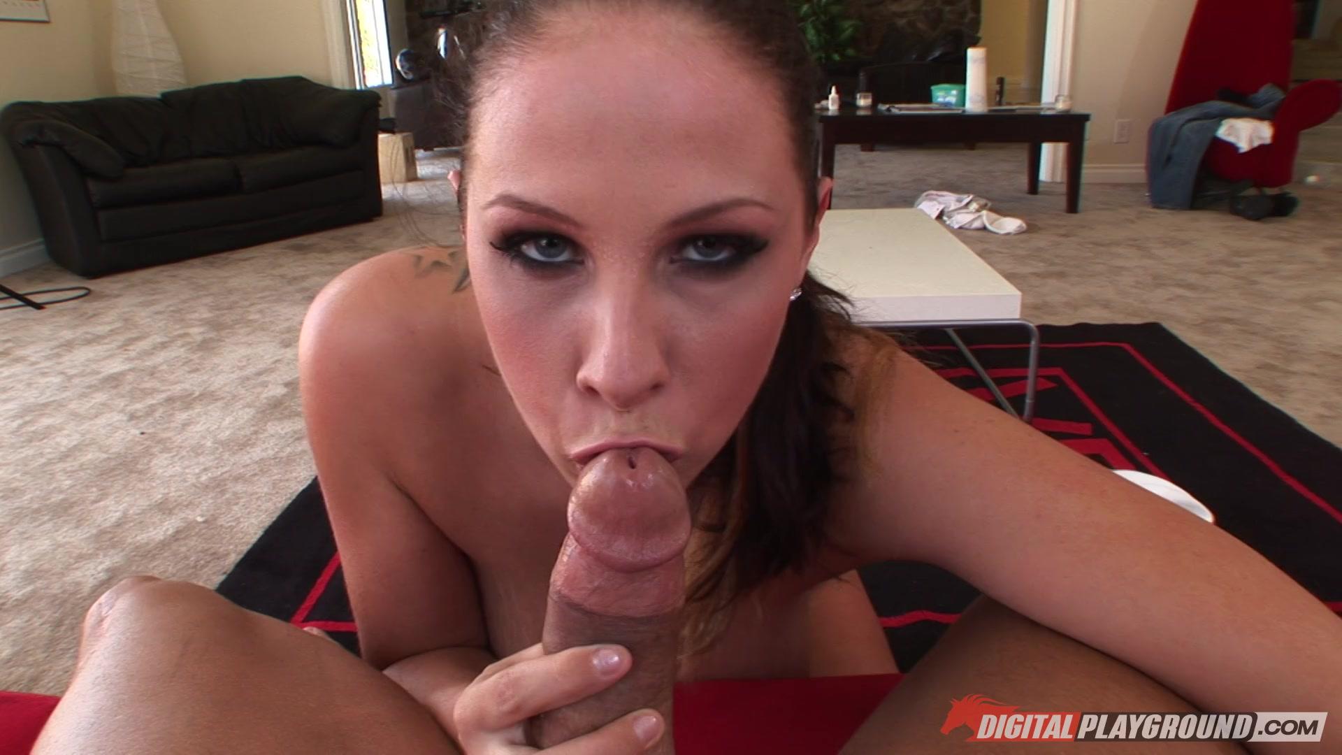 Gianna michaels sucking cock