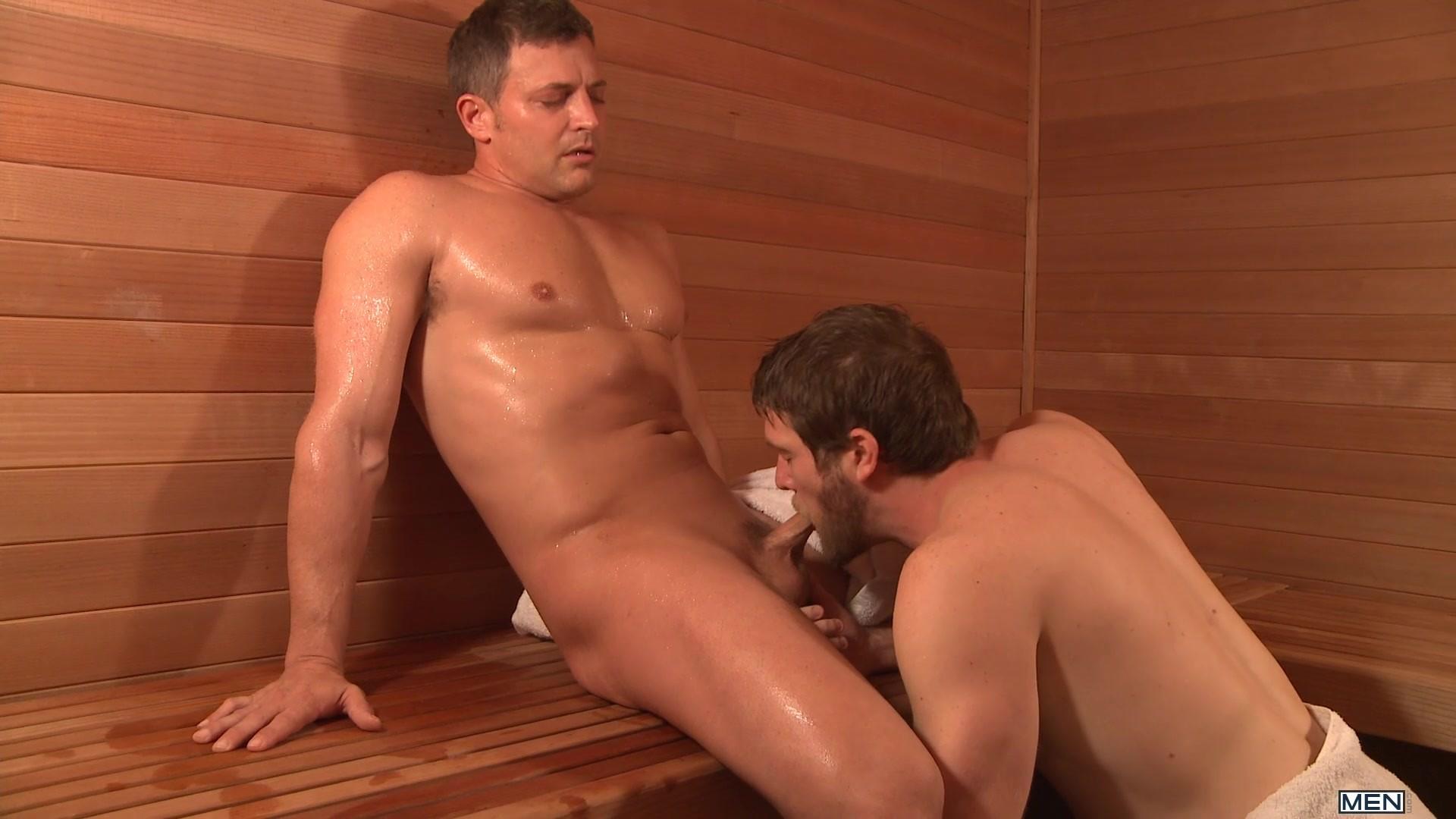 секс видео с мускулистым парнем в бане модели
