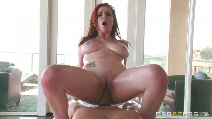 Streaming porn video still #6 from Rubbing Down A Horny Slut 2