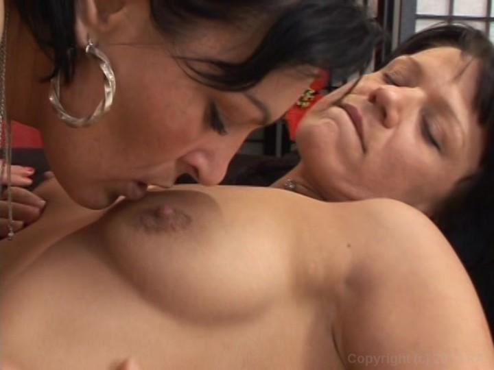 Lesbian milfs 3