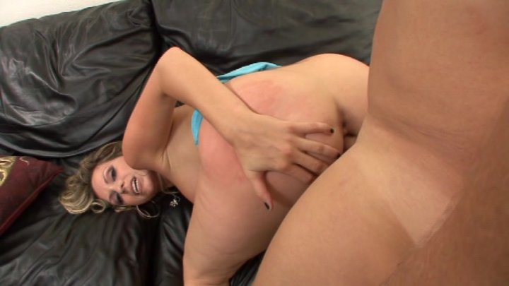 Streaming porn video still #1 from Super Stacked Vol. 4