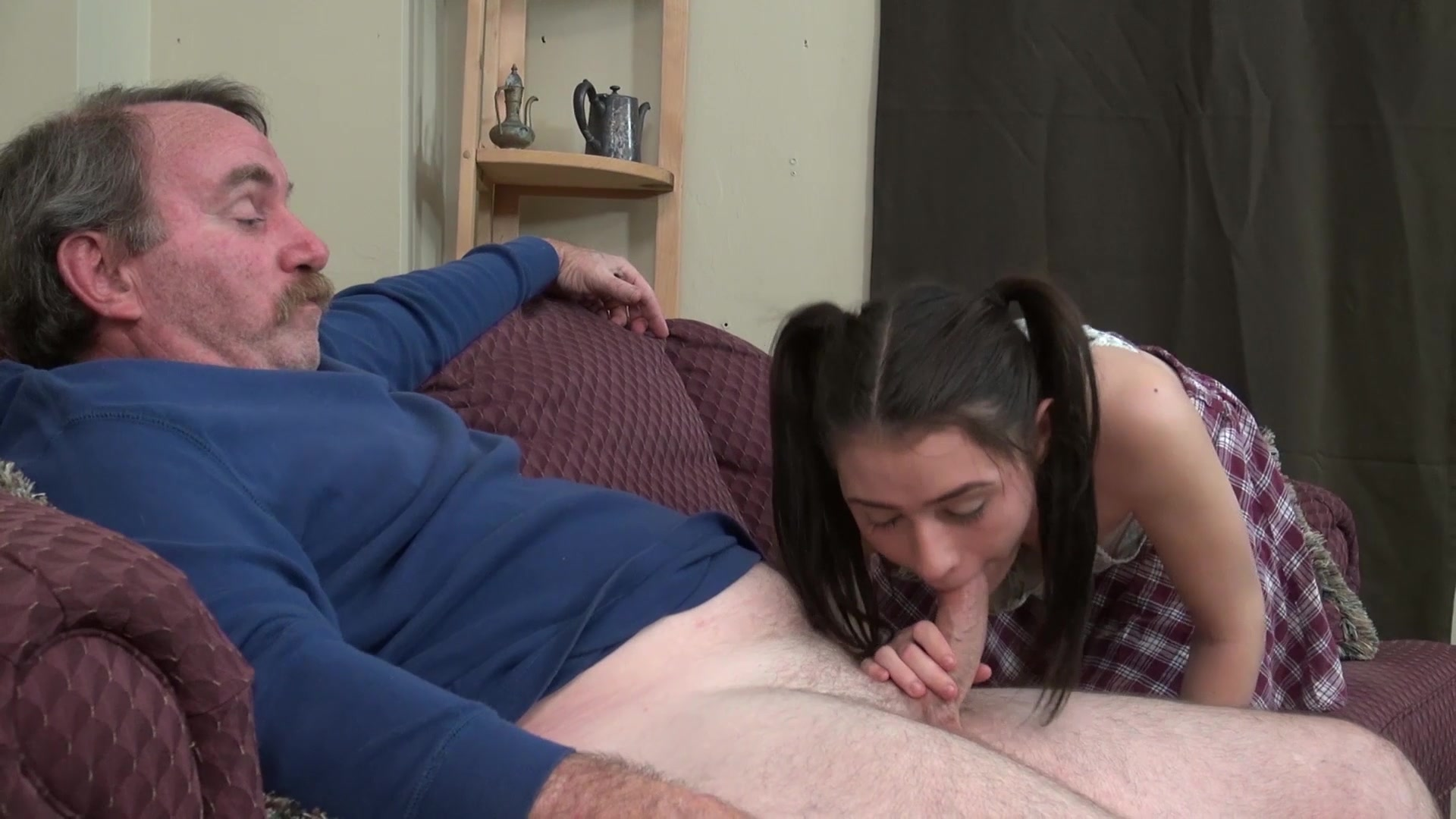 Teen step daughter fucked by step dad while she plays photo games