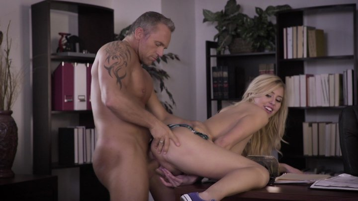 Streaming porn video still #2 from Student Bodies 6