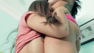 Streaming porn video still #2 from Girl Fever