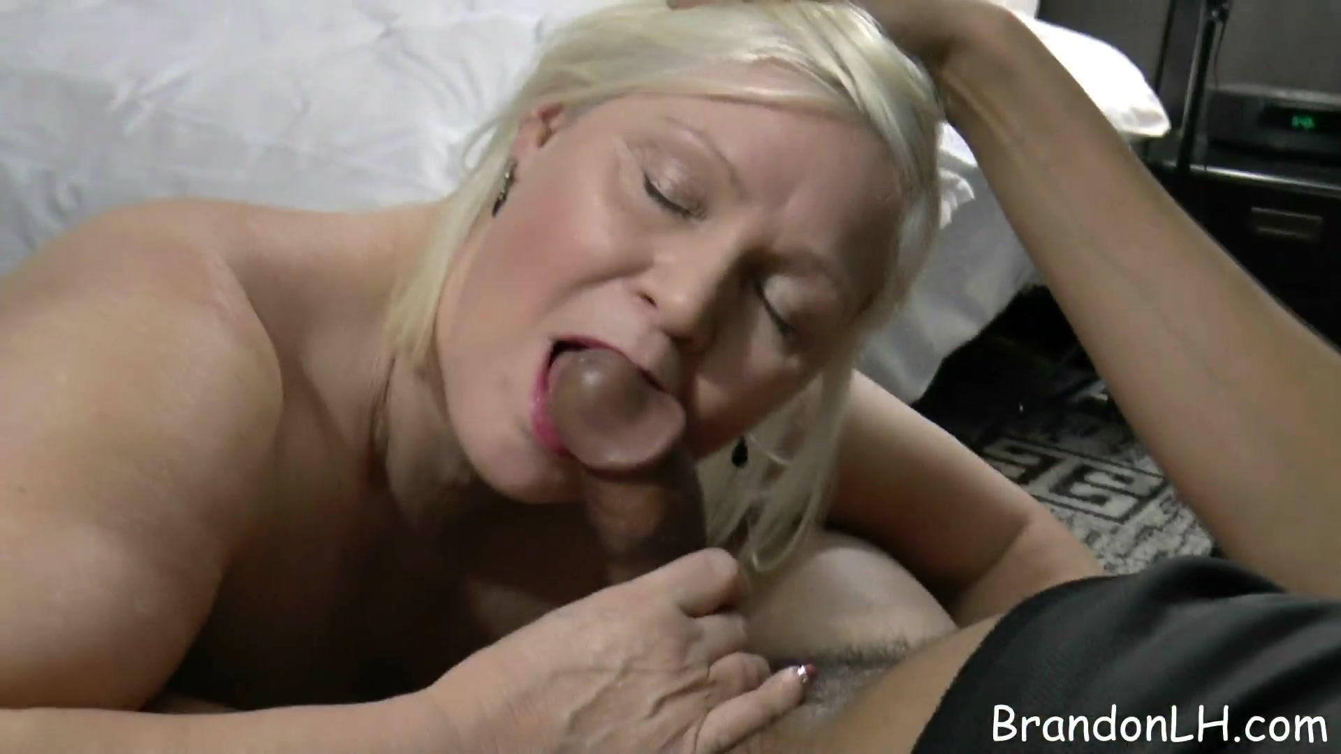 White chicks blowjob black dicks, guys nacked mastrobateing