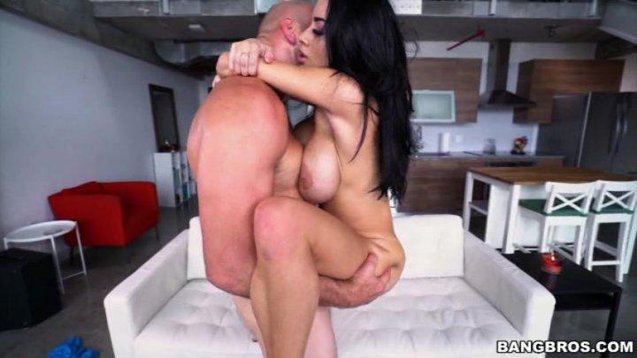 Big natural tits perfect smaile
