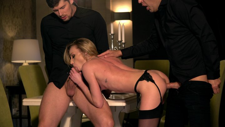 Streaming porn video still #1 from Tiffany & Nelly Escorts Deluxe
