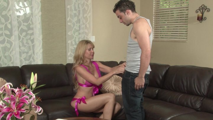 Streaming porn video still #3 from Desi Dalton: Shaggin' & Braggin'