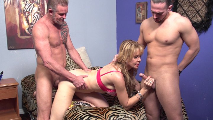 Streaming porn video still #1 from Desi Dalton: Shaggin' & Braggin'