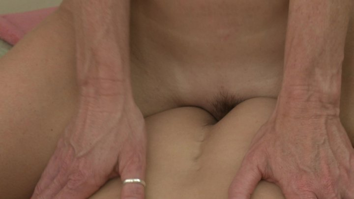 Streaming porn video still #6 from Deauxma & Her Girlfriends
