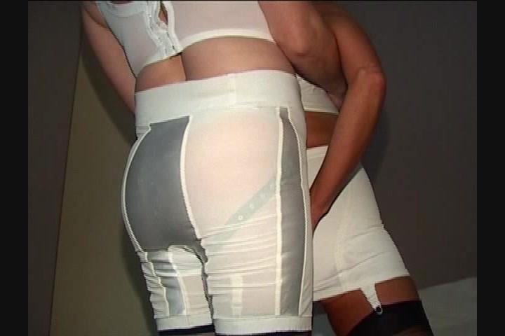 Amateur Girdle Fitter Lesbian - Other - Freesiceu-4169