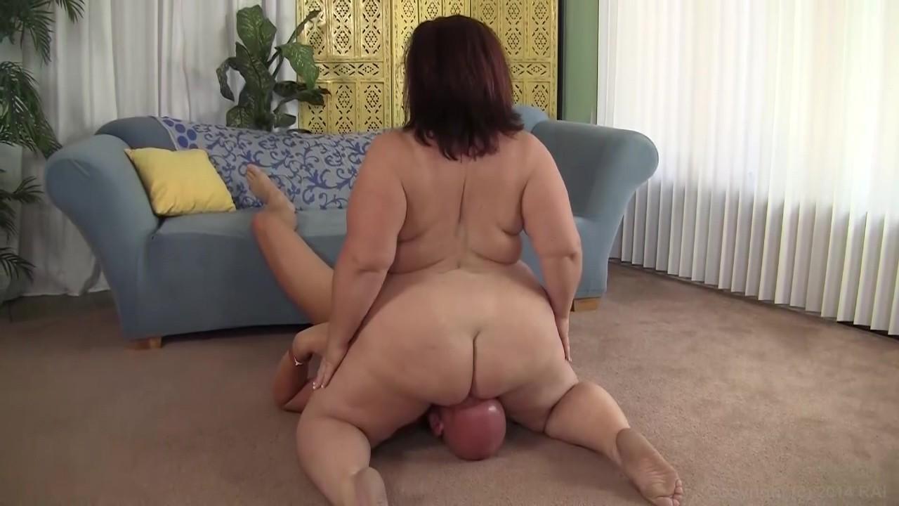 Bubble Butt Facesitting