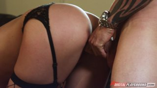 Streaming porn video still #3 from Best of Masseuse, The