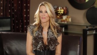 Streaming porn video still #7 from Jessica Drake's Guide To Wicked Sex: Fellatio Edition
