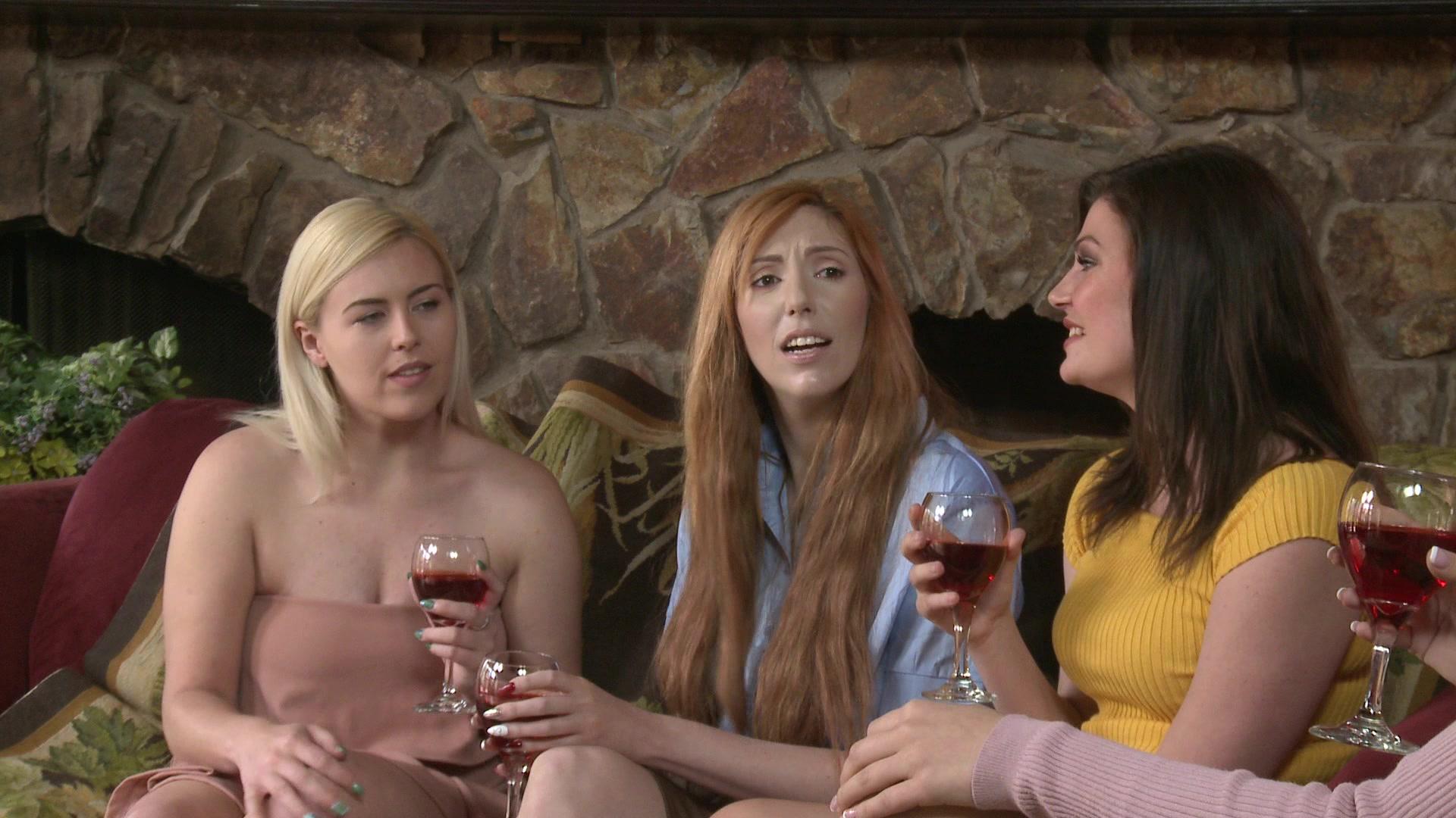 Man sulking women pussy, danielle colby crushman nude