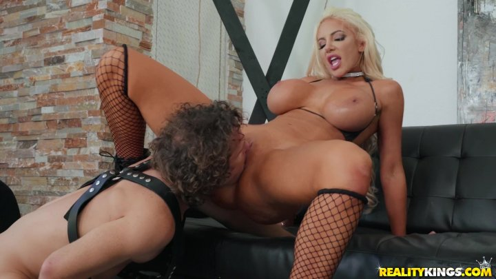 Streaming porn video still #1 from Drilling Mommy 12