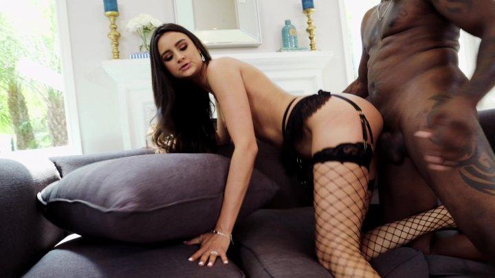 Streaming porn video still #4 from