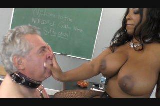 Streaming porn video still #5 from Big Ass Worship #4