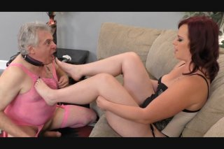 Streaming porn video still #2 from Big Ass Worship #4