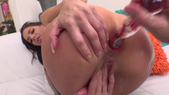 Streaming porn video still #1 from Real Anal Lovers #5